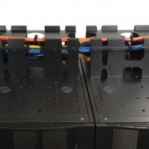 SmartRack Roof Mounted Cable Trough Vertical Expansion Plates Requires SRCABLETRAY